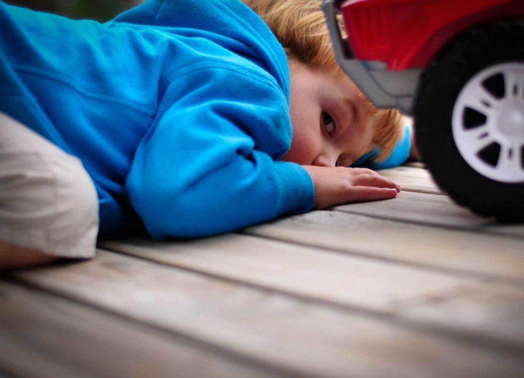 игра ребенка с аутизмом
